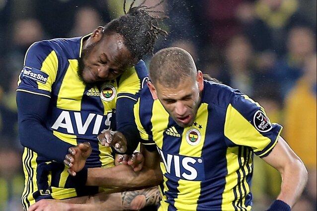 'Slimani, Konyaspor stoperi gibi'